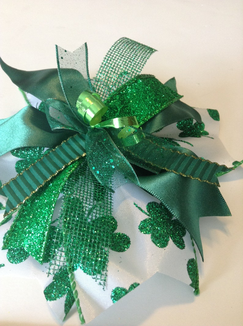 St Patrick/'s Day GIft Bow