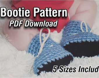 4592568f2c8 Baby booties pattern | Etsy