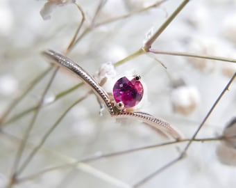 18k Solid Gold Ruby Ring, July birthstone, Stacking everyday ring, Millegrain ring