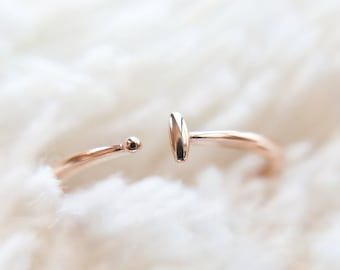18k Solid Gold Ring, Stacking everyday ring