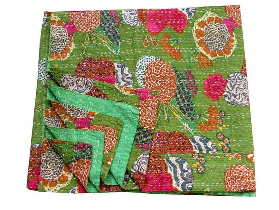Handmade Kantha Ethnic Stitch Decorative Gudri Print King Size Quilt Kantha Quilt Gudri Indian Handmade Bohemian Bedspread 90x108  175