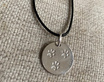 Triple paw necklace, paws, dog mom, dog lovers, paws, paw print, animals, dog lovers, rescue mom gift, rescue mom, rescue mom gift