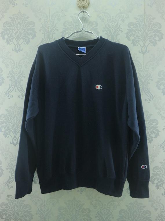 25/% OFF Vintage CHAMPION Sweatshirt Big Logo At Chest Embroidered Size Medium Streetwear Fashion Styled Hip Hop