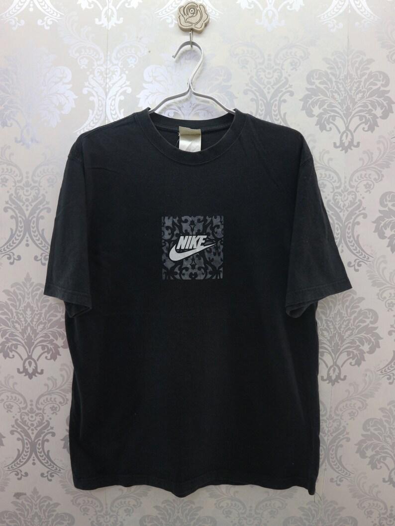 de99b5e692e9c Vintage Nike Shirt Big Logo Sportswear Streetwear Top Tees Nike T-Shirt  Size L