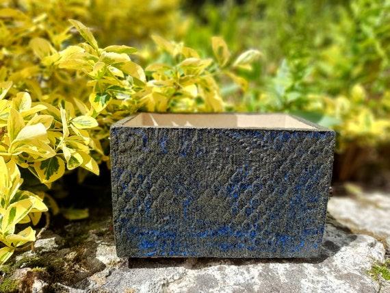 Lace Blue/Brown Pot