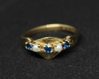 JEWELRY LIQUIDATION SALE Saphire Pearl Ring 10K Gold Size 6