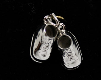JEWELRY LIQUIDATION SALE Sterling Silver Baby Booties Pendant/Charm