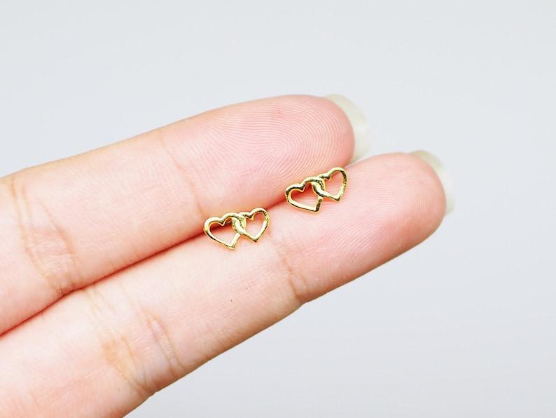 Everyday earrings Minimal earrings  BD319 Little Heart Earrings Gold Plated Double Heart Earrings