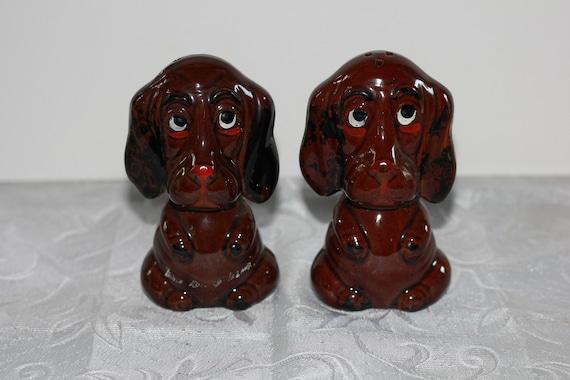Vintage Hound Dog salt and pepper shakers.