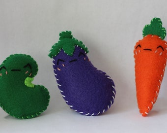 Vegetable Trio Cat Toys with Jingle Bell, Veggie Cat Toy, Cat Lover Gift,Felt Cat Toy, Cat Toys, Catnip Toy, Handmade Cat Toy, Cat Gift Idea