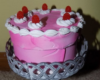 Faux Raspberry Pink Cake Box