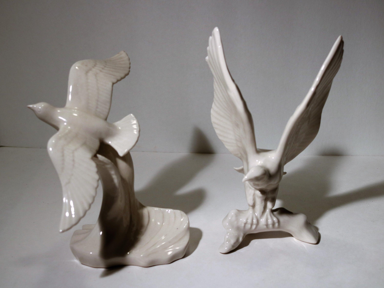 Vintage Seagull Bird Flight Kingwood Dwight Morris Ceramic Figurine White