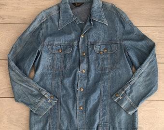 bbfc3cca592 Vintage Lee Denim Shirt   Made in USA   Denim Shirt Jacket   1970s 70s  Vintage