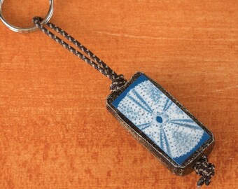 Cyanotype Sea Keyring 5, brown finish