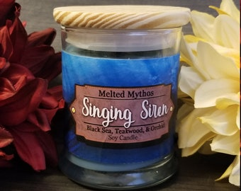 Singing Siren | 10 oz Wooden Wick and lid Soy Candle