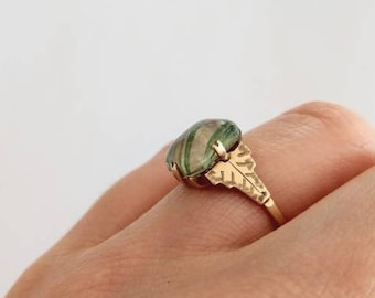Antique/vintage 9 ct gold ring / / Antique/vintage ring in 9 ct gold
