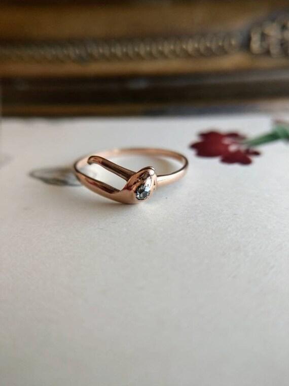 14k gold snake ring with diamond