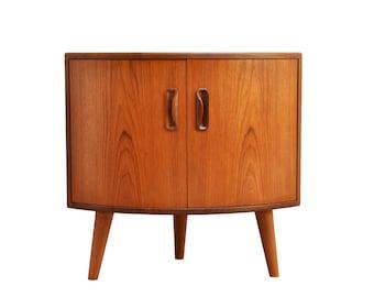 70s G Plan corner cabinet with beech tapered legs, Mid century modern, vintage