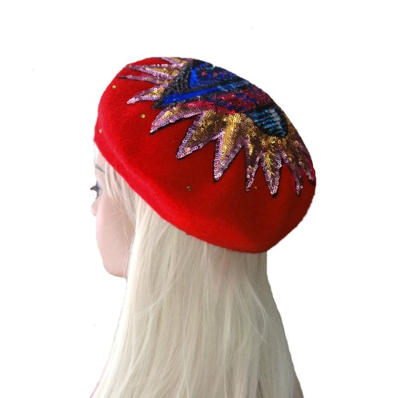 Red french beret b90ce186a13