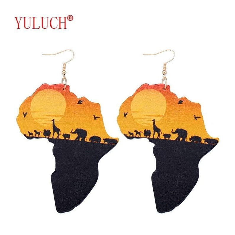 Latest Ethnic Women Jewelry Design Natural Wooden African Original Eco Animal Painted Pattern  Earrings