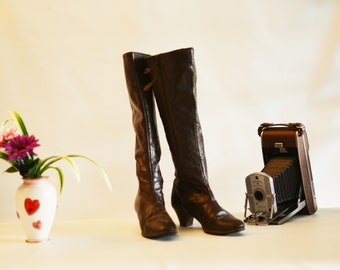 1970 Women's Dark Brown Knee High Leather Boots, Sexy, Vintage, Narrow, Classic, Made by Cobbie, Vintage