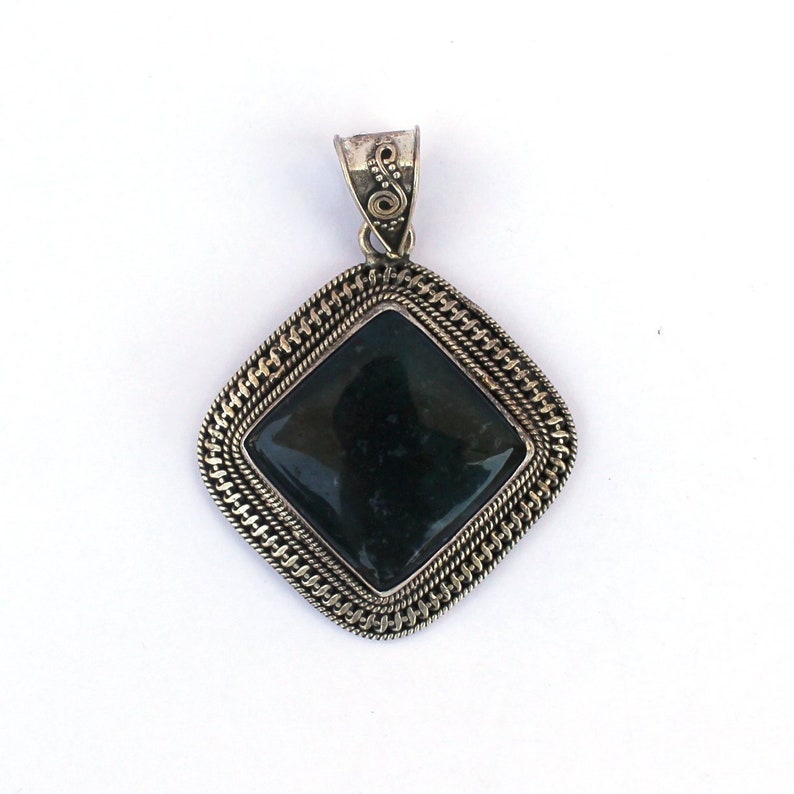 Moss Agate gemstone pendant hand made pendant sterling silver 92.5/% pendant.