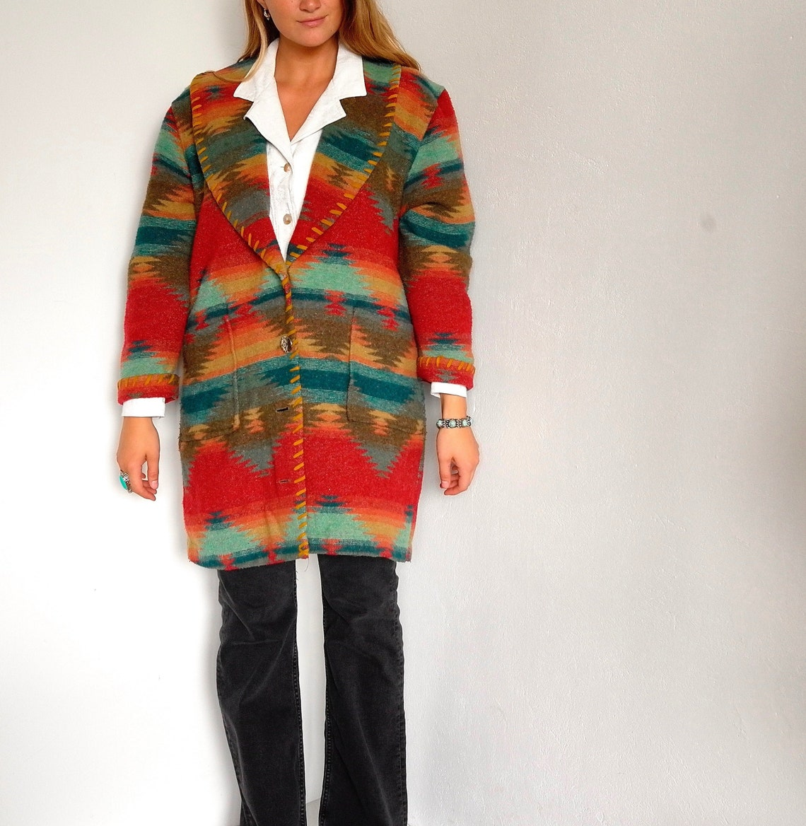 Vintage Aztec Southwestern Print Wool Blend 80s / 90s Warm Blanket Coat Red Turquoise Button Up Jacket Boho Bohemian Size Medium - Large