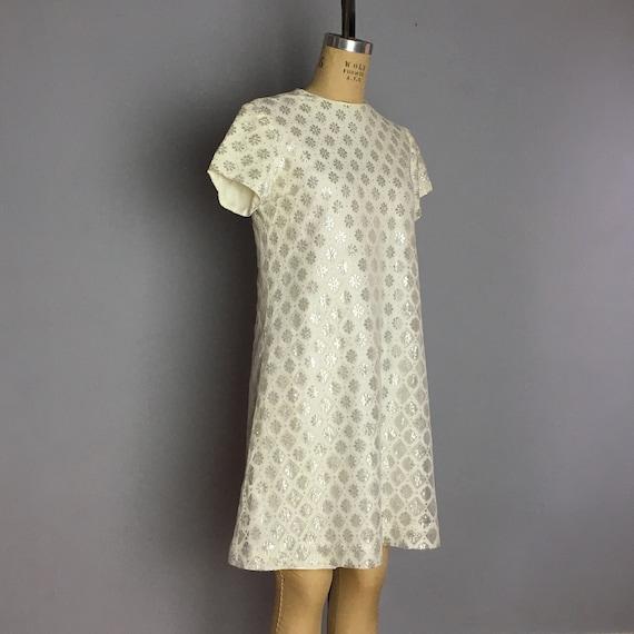 Vintage 60s Shift Dress Adjustable Size Black White Overlay Pattern