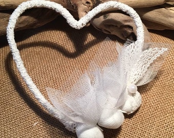 Heart Shape Wedding Bomboniere with Koufeta Wedding Favor Wired Wrapping with White Romantic Lace Valentines Day Anniversary Party Gift