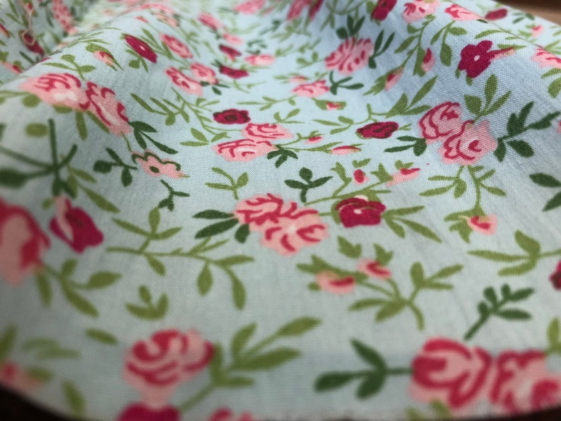 Cotton Fabric Roses Flowers Motif 140 cm/1.53 yards High image 0