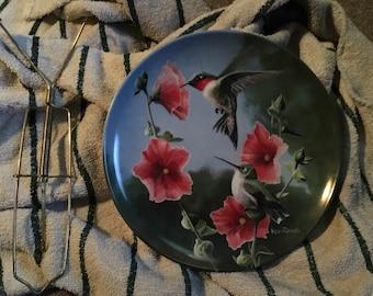 The Hummingbird Edwin Knowles Plate