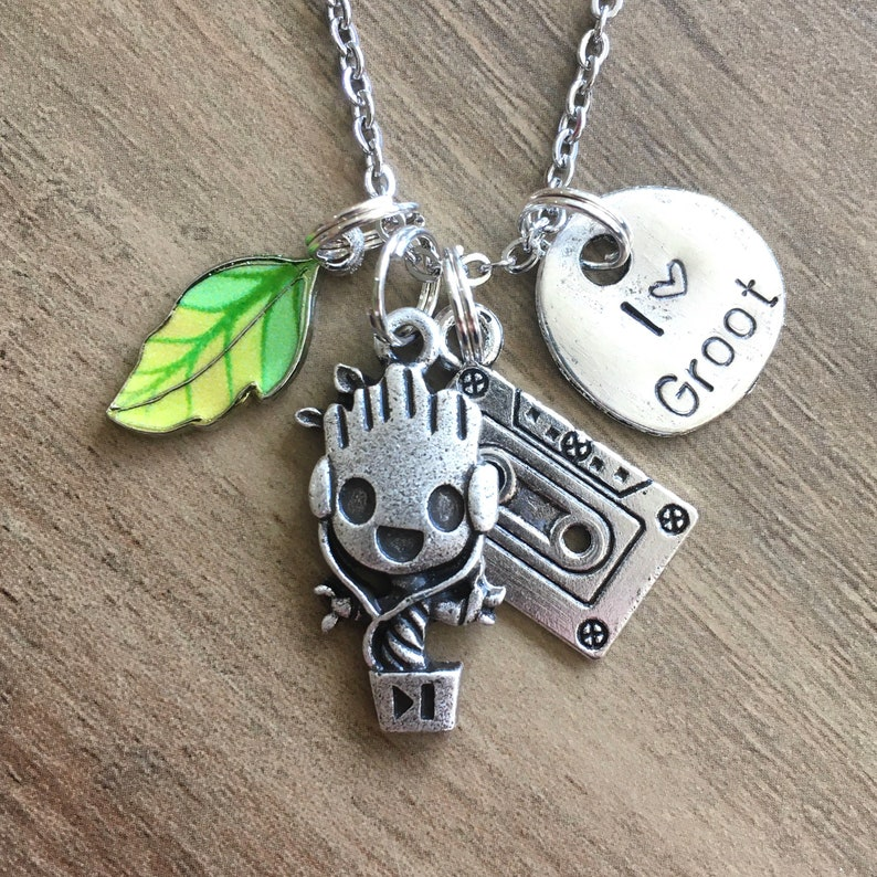 Marvel Movie Necklace for Women Guardians of the Galaxy Jewelry I Heart Baby Groot Necklace I am Groot