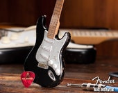 Eric Clapton 39 s Vintage Blackie Fender Strat Mini Guitar Replica - Officially Licensed