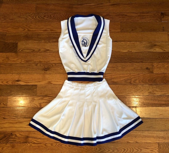 Incredible vintage full cheer outfit