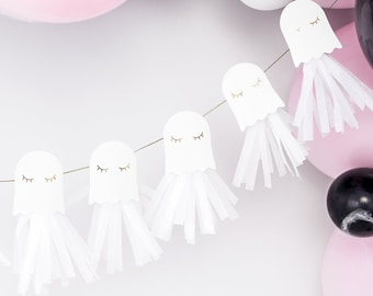 Adorable Ghost Paper Garland with Tassels, 1.3m/4.1ft, Ghost Paper Garland, DIY Halloween Garland, Haunted House Party, Cute Ghosts
