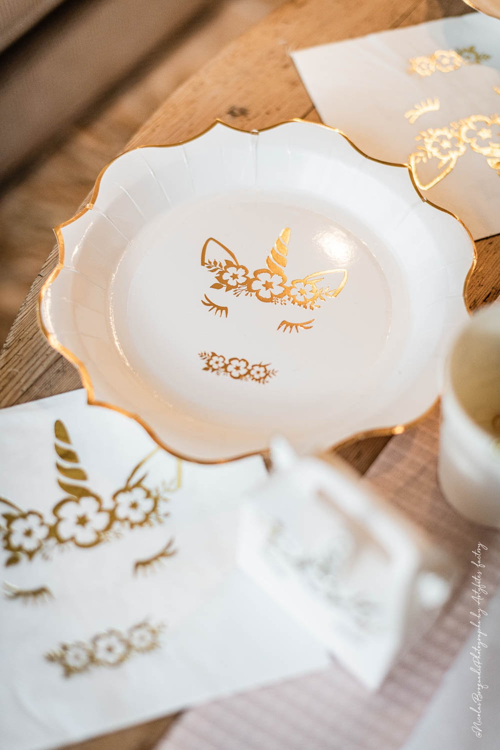 Unicorn Paper Plates for 8 Guests