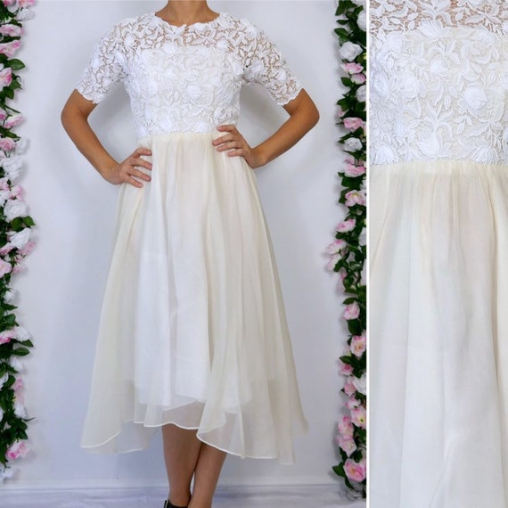 Small Sheer Lace Evening Party Gown Bridal Gown Vintage White Lace Wedding Dress Fit /& Flare 1950/'s Tea Length Full Skirt