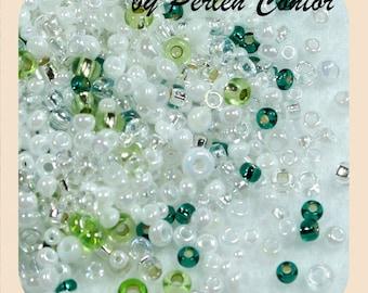 23 g glass Beads 2.1-2.5 mm green white mix preciosa seed beads (AZ1097)