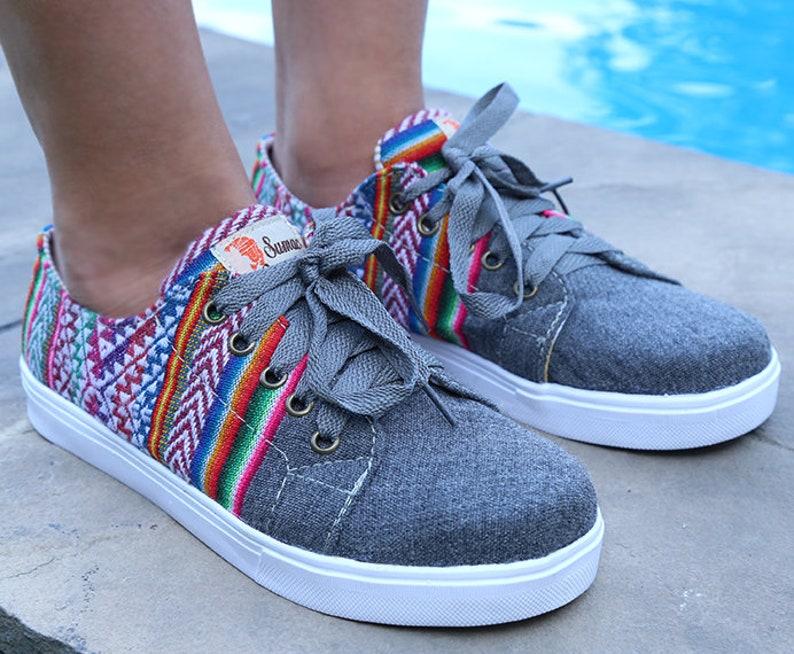 Andean Footwear Low Top Women Size 7 Peruvian Handmade Shoes