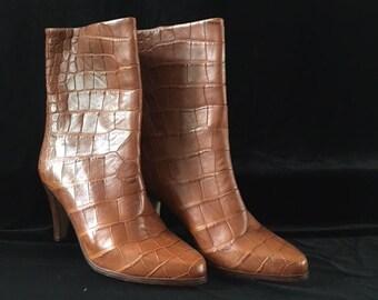 Vintage designer Andrew Pfister tan crocodile ankle boot UNWORN!