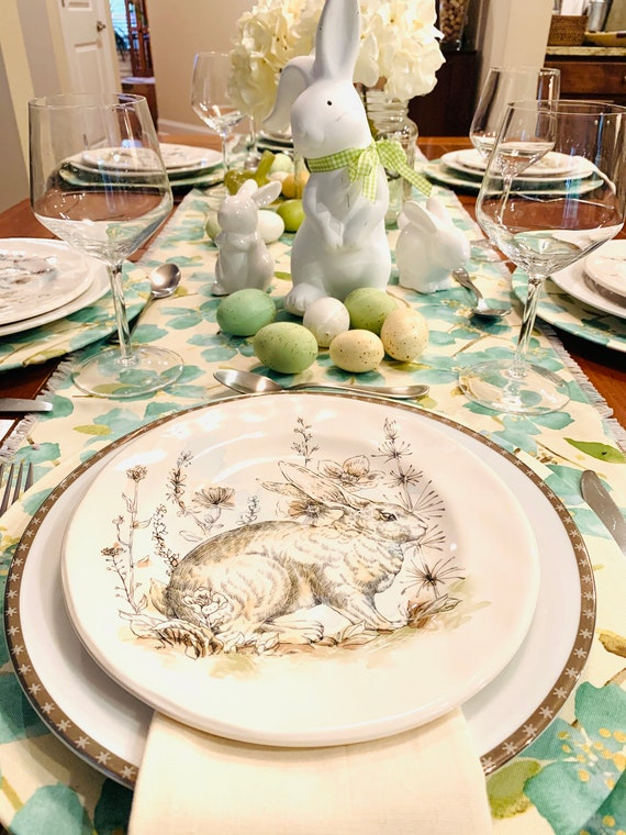 Emerald green table runner| | Spring Decor|Floral fabric |Mother's day|Table decor|Patio Table| gift| Weddings|Easter table| Special day