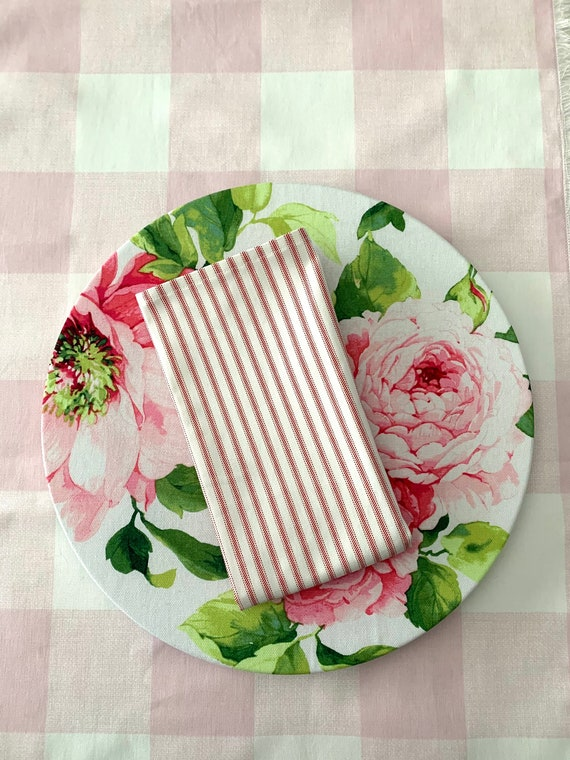 """Classic White and Pink stripes Napkins
