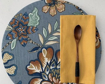 Blue Charger Plate Cover| 100% cotton| Floral print fabric| Table setting||weddings|Spring|Summer| Fall | Gift | Set of two| Farmhouse