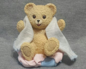 A Basket Full of Sweet Snuggles Figurine by The Hamilton Collection Snuggle's & Co. 1998