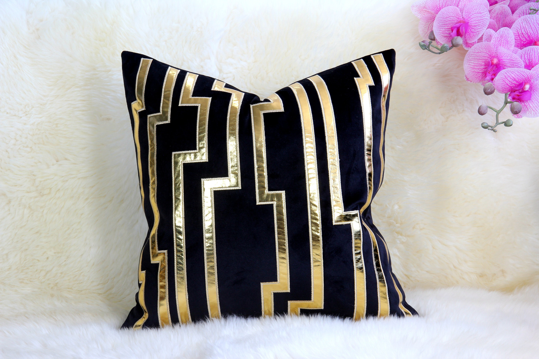 Velvet Cushion Decorative Pillows Throw Pillows Gold Black