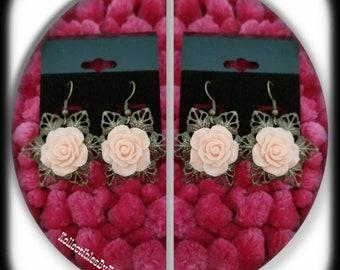 Vintage Drop Flower Earrings