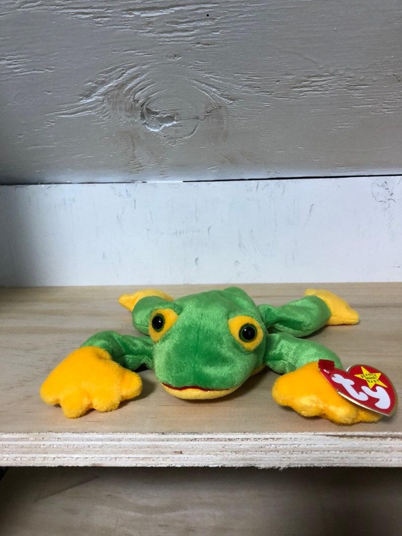9b91cdcabd8 Smoochy Beanie Baby TY Beanie Baby frog beanie baby