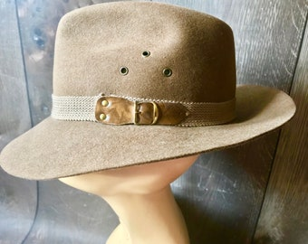 13f9cbbc17b Vintage Mallory By Stetson Green Khaki Hunter Fedora Pure Wool Size 7- 7 18  Great Winter Hat