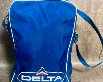 f21d4ae0df Vintage Delta Airlines Carry On Bag Tote Airline Travel