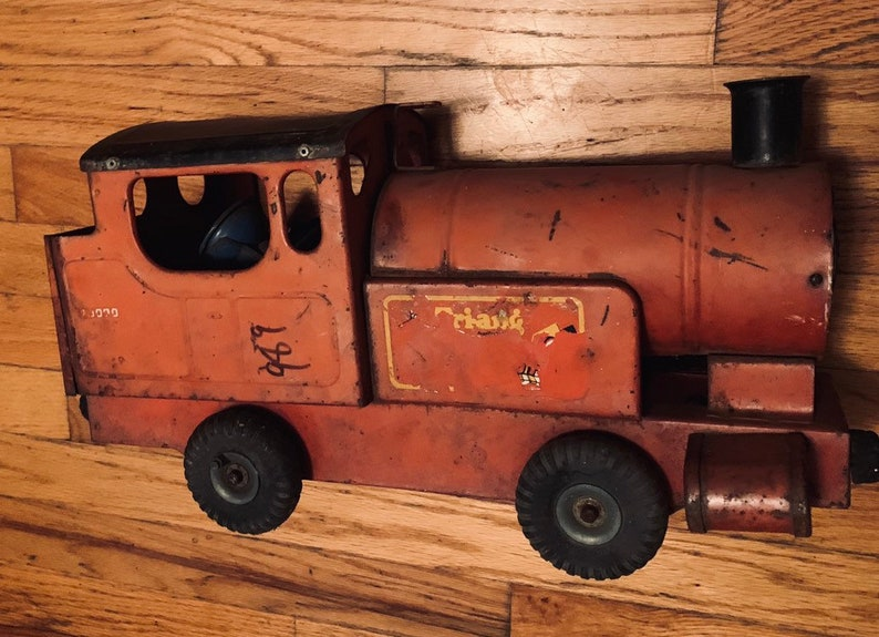 Vintage Toy Train Pull Along Triang Whistle Puff-Puff 73000 Toy Train Engine Made in England Classic Metal 1950/'s Collectible Triang Train